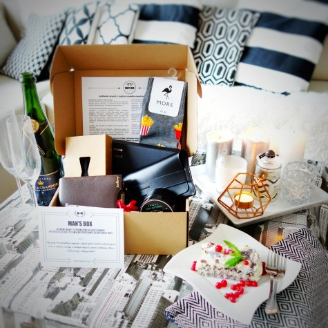 FLIRT - case by Birthday Box