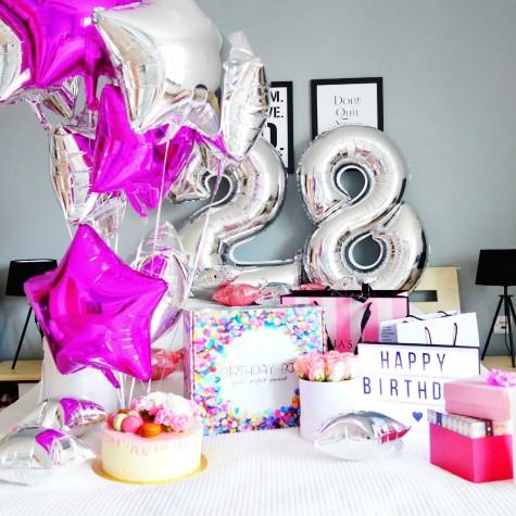 SASSY LIPS - case by Birthday Box