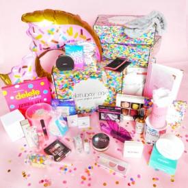 TRAVEL - case by Birthday Box